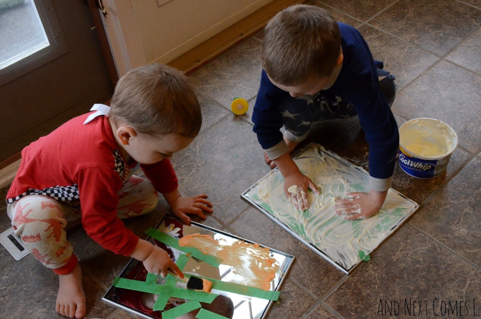 mirror-sensory-play-for-kids-7[1]
