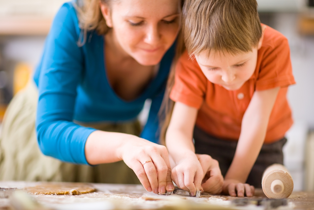 mother-and-child-baking[1]